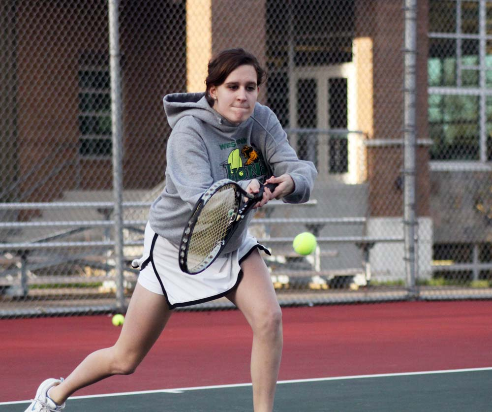 West Linn girls tennis team plans to conquer the state once again