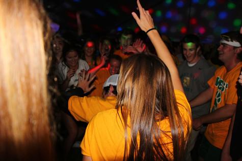 Homecoming Dance (22 Photos)
