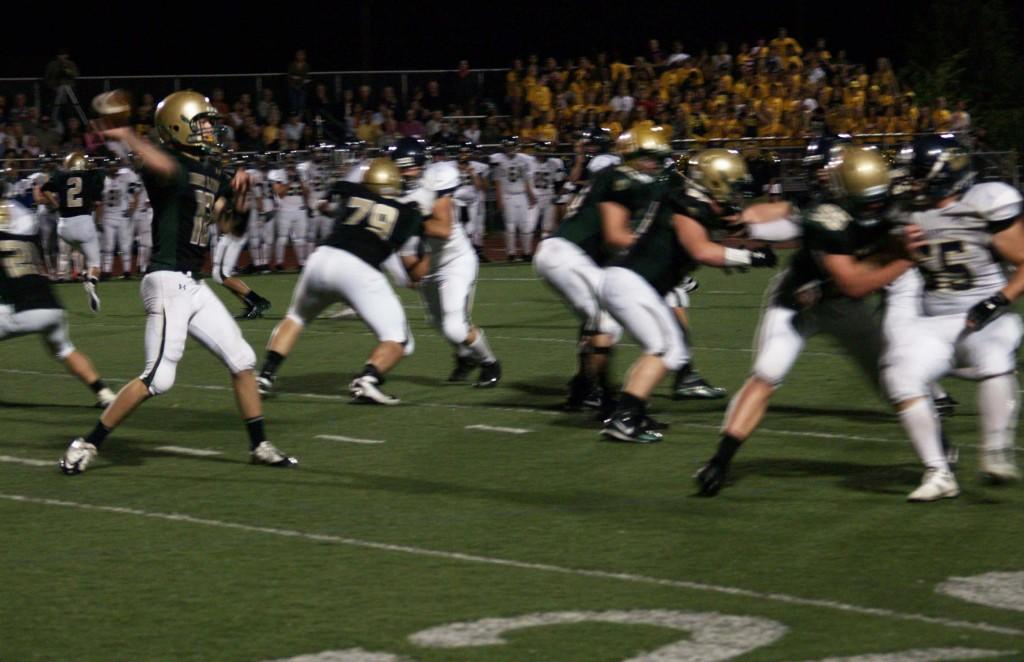 Football+Team+earns+%231+ranking+in+RPI+polls%2C+prepares+for+League+Championship+against+Lake+Oswego+tonight
