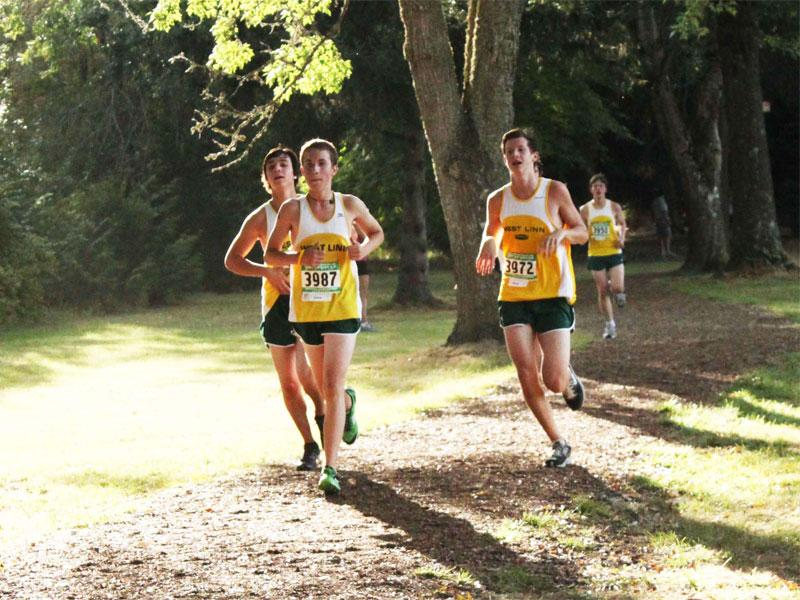 Inexperienced Cross Country team begins with 3-2 start under new head coach