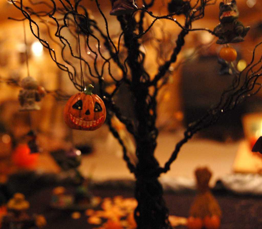 Gargoyles%2C+goblins+and+games+abound+for+Halloween
