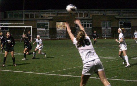 Girls Soccer ends with a loss to Clackamas