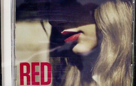 "Taylor Swift's ""Red"" brings new definition of country music"