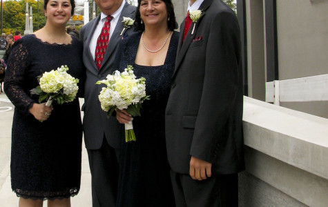 West Linn Parents renew vows as part of the reopening bridge festivities
