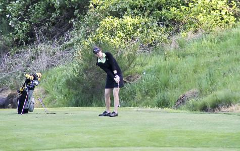 West linn lions girls golf keeps rolling through the competition
