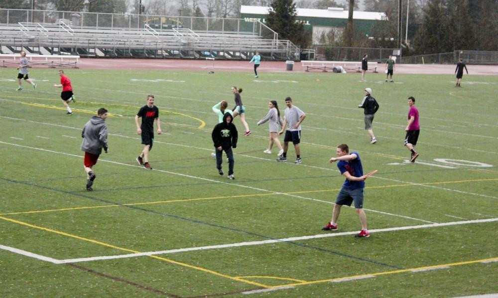 Ultimate+Frisbee+is+introduced+to+WLHS+by+a+small+association+of+students