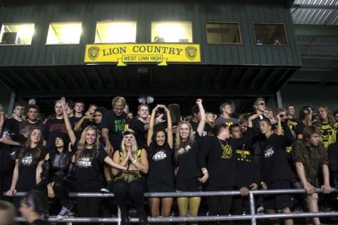 Football team's early season success brings fans closer than ever