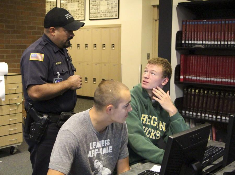 Resource Officer Allister Bunch returns to WLHS
