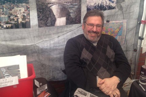 Former New Yorker, Richard Neal Lishner, captures Portland's beauty every weekend at the Saturday Market