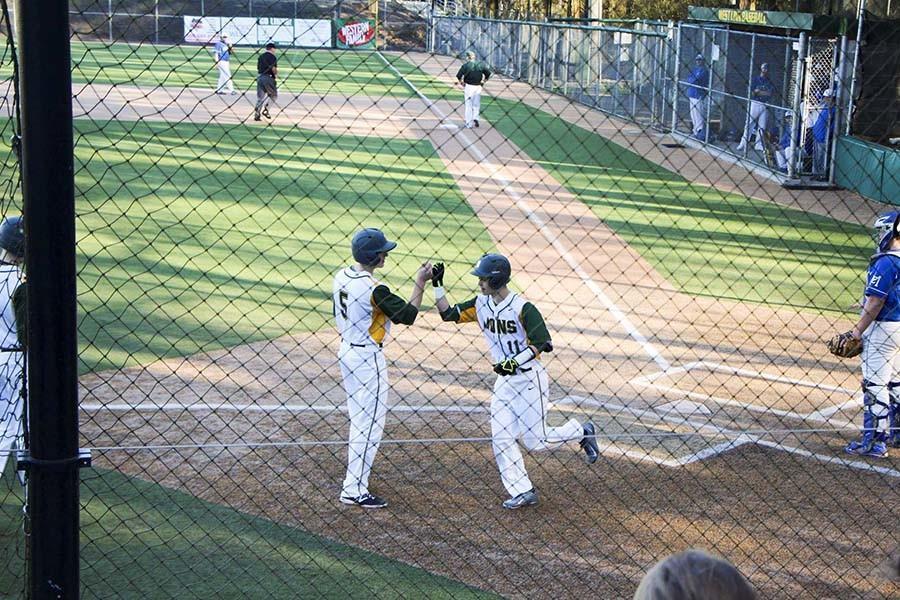 Varsity+Baseball+team+starts+season+with+a+6-0+win+vs+McNary