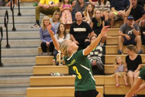 South Ridge defeats girls volleyball (10 Photos)