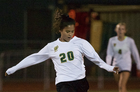 Girls Soccer falls 0-1 to Sherwood (7 Photos)