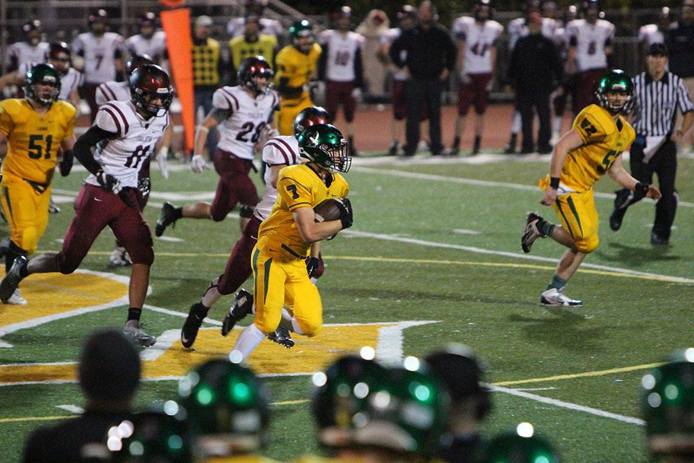 In the game against Tualatin, running back Elijah Molden, junior ran for over 100 yards. He continued this trend as he rushed for over 150 in the 30-14 victory. The Lions next face Roosevelt on Friday in the first round of the OSAA State Playoffs.
