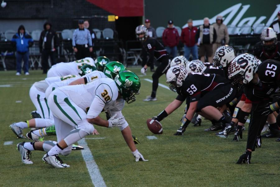 West Linn comes back from their previous loss against Sherwood and beats them 51-7 in semi-finals.