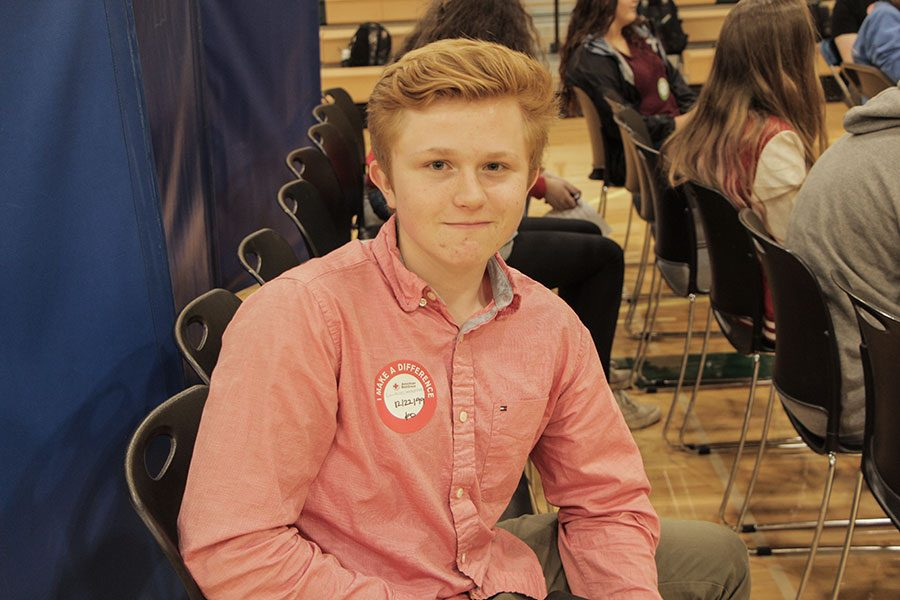 Blood+donors+at+the+Red+Cross+Blood+drive+are+required+to+go+through+a+health+check+up+before+donating+blood.+Luukas+Lemetyinen%2C+junior+has+donated+blood+for+three+years+and+although+he+was+nervous+the+first+time+he+donated+blood%2C+he+is+used+to+it+now.++%0A%E2%80%9CI+was+a+little+nervous+when+I+did+it+the+first+time%2C%E2%80%9D+Lemetyinen+said.+%E2%80%9CBut+it+didn%E2%80%99t+hurt.%E2%80%9D+