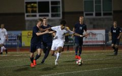 Boys soccer sinks Lake Oswego