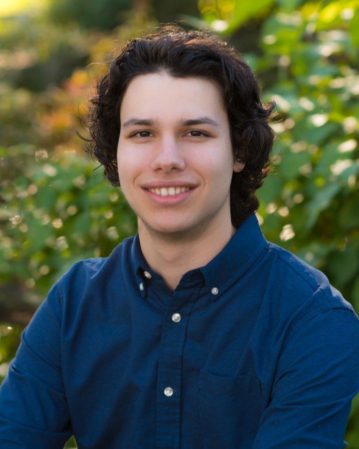 Alec Greengards Yearbook Photo