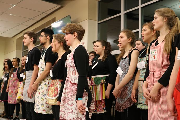 The+Symphonic+Choir+performs+at+the+Spaghetti+Dinner+in+preparation+for+the+Northwest+Division+Conference.+The+choir+will+be+performing+Sat.+Feb+18+in+Bellevue%2C+Wash.