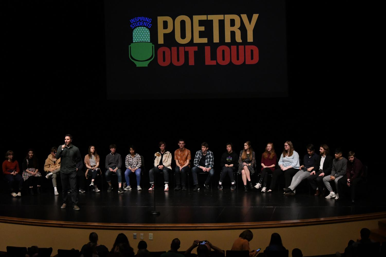 18+students+recited+poems+in+competition+to+represent+West+Linn+in+the+regional+poetry+out+loud+competition.