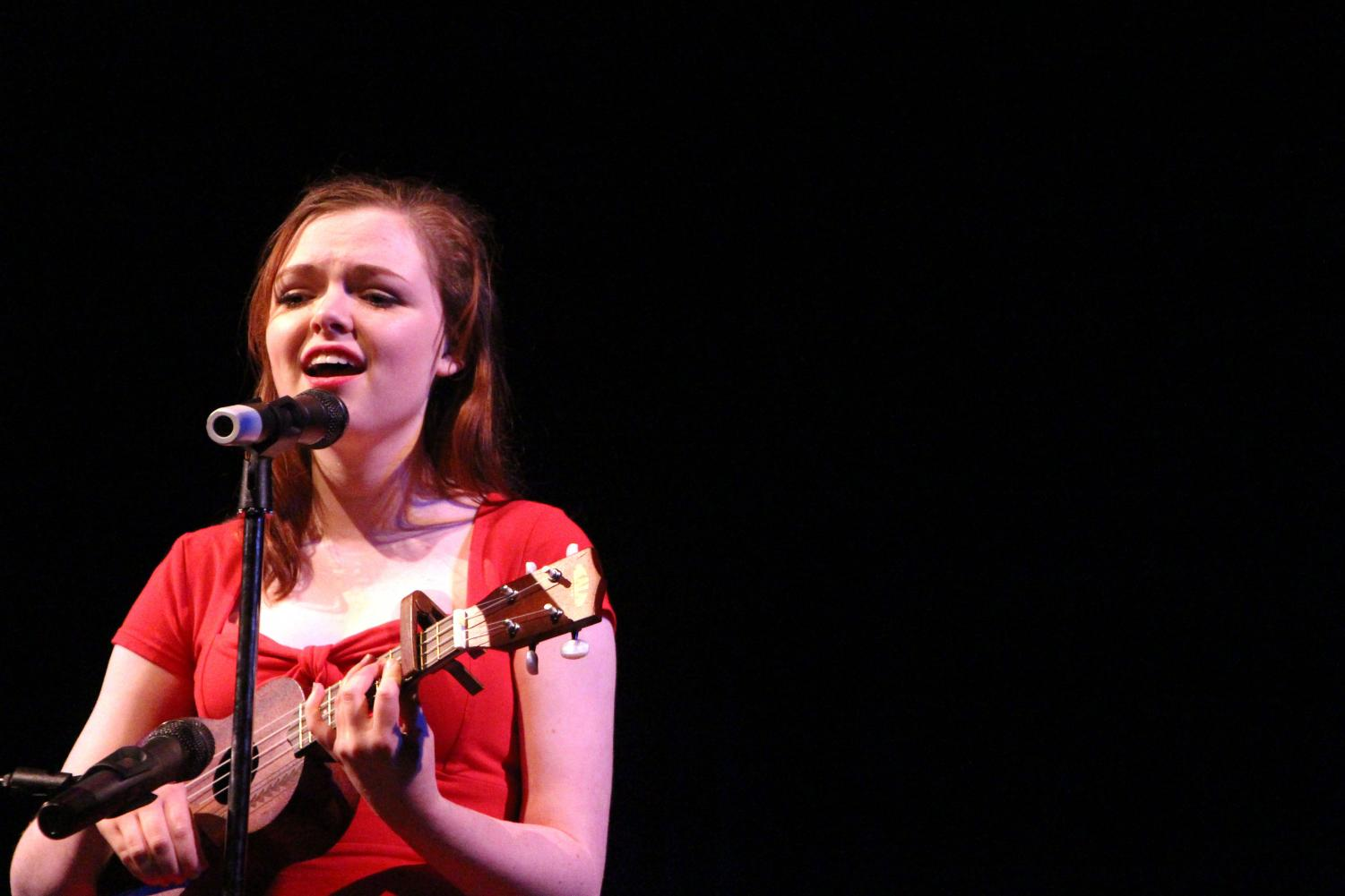 Mackenzie+Bezio%2C+senior%2C+performs+%E2%80%9CLemon+Boy%E2%80%9D+by+Cavetown+on+the+ukulele.+%E2%80%9CI+was+nervous%2C+but+super+excited+to+perform+for+a+good+cause%2C%E2%80%9D+Bezio+said.+%E2%80%9C18+percent+of+girls+in+India+don%E2%80%99t+have+access+to+feminine+hygiene+products%2C+which+makes+it+really+difficult+for+them+to+live+their+lives+or+get+an+education.+I+just+hoped+that+by+participating+in+the+fundraiser%2C+I+could+help+fix+that+problem.%22