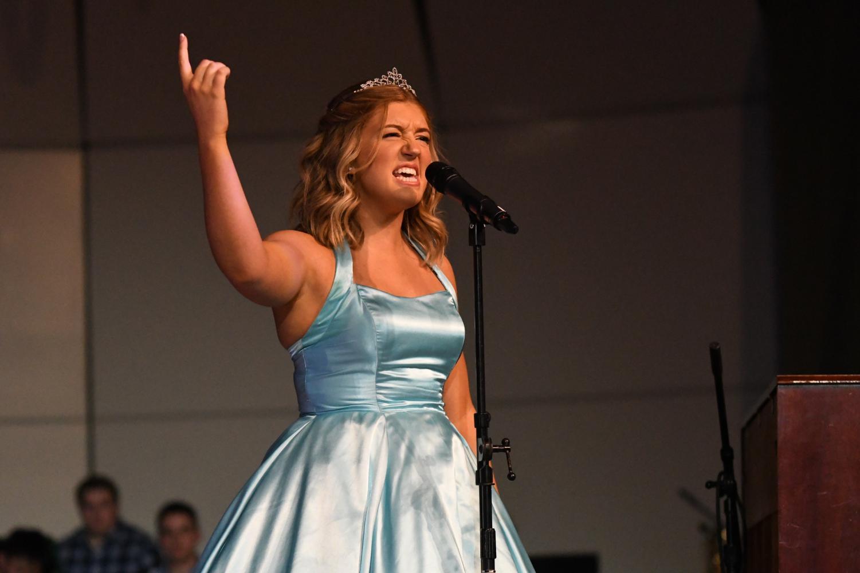 Princess+Ashley+Hayter+singing+with+Rhys+Philips