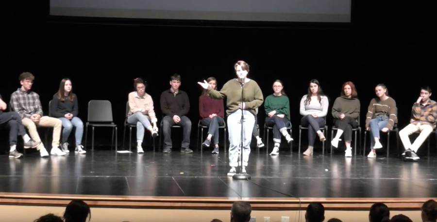 Ellie+Seward+performs+Cartoon+Physics+at+Poetry+Out+Loud+2020.